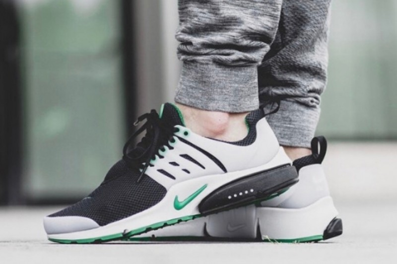 Mens Womens Nike Air Presto Essential Black Pine Green
