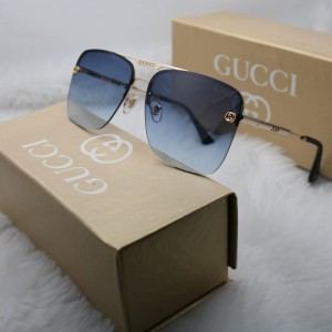 GUCCIWith brand box