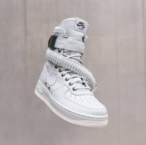 Nike Special Field Airforce 1