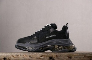 Balenciaga Tripple S Clear Sole