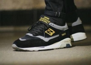 New Balance 1500 Black Yellow