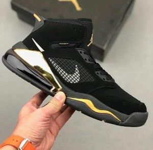 Nike Air Jordan 270 Mars Black Gold