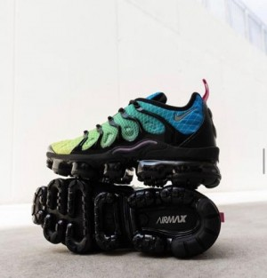 Nike Air Vapormax Plus Aurora