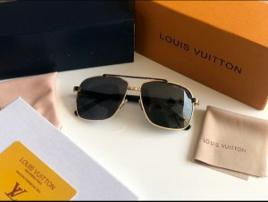 LOUIS VUITTON SUNGLASS