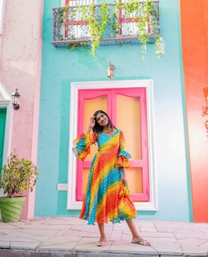 Bandhani Printed Chiffon Maxi Dress With Potli Bag
